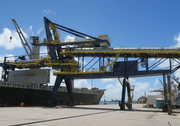 Industria de Puertos y Terminales